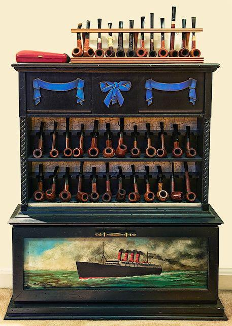 Pipe cabinet